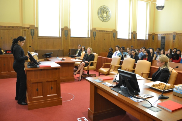 Beatriz Mejia, a Summer Jobs intern at the U.S. Bankruptcy Court, walked the students through the different chapters of bankruptcy.