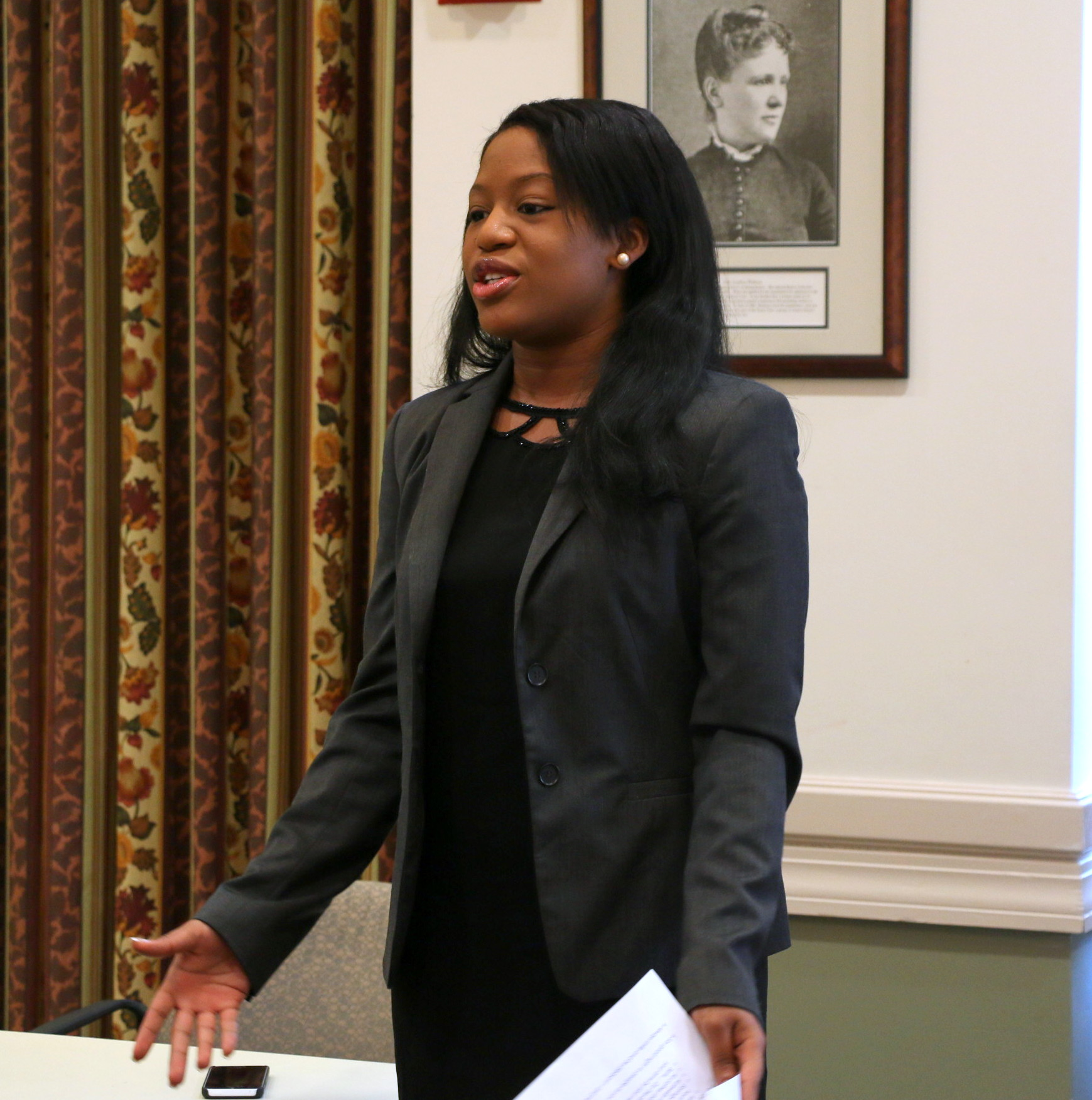 Emmanuelle Renelique (WilmerHale) participated in the BBA Summer Jobs Program when she was in high school and now works at WilmerHale. She shared her own experience with the students and explained how this job was the first step in building their future careers.