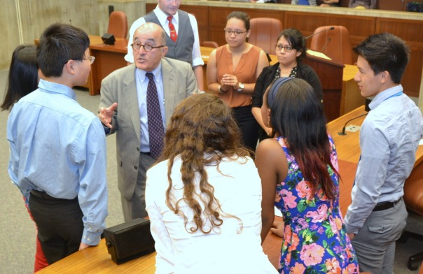 Larry DiCara (Nixon Peabody) met with the students who served as City Council members at yesterday's enrichment seminar to go over how the voting process works.